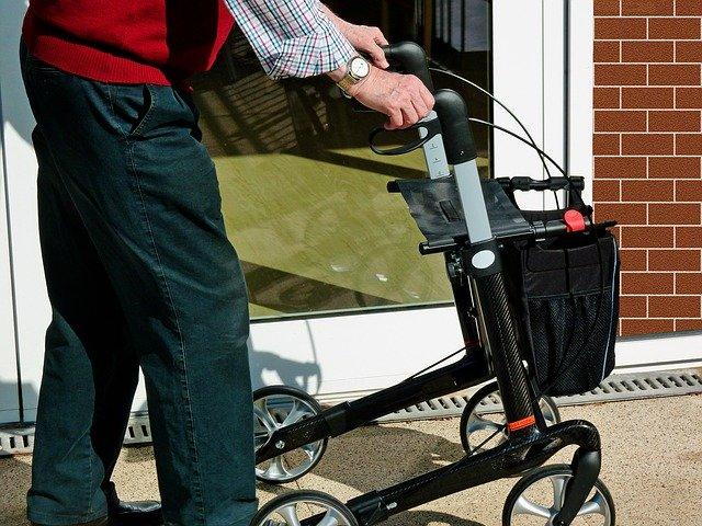 Great Checklist for Elderly Living Alone