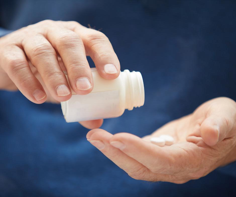 Diet Tips for Seniors: Take Vitamins Daily